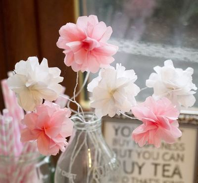 Super Simple and Pretty Tissue Paper Flowers