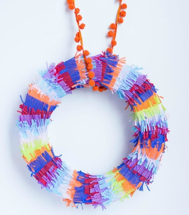 cinco de mayo crafts ideas diy pinata wreath allfreeholidaycrafts 6060