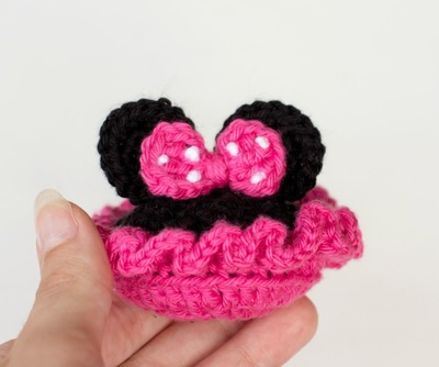 Minnie-Inspired Crochey Baby Booties