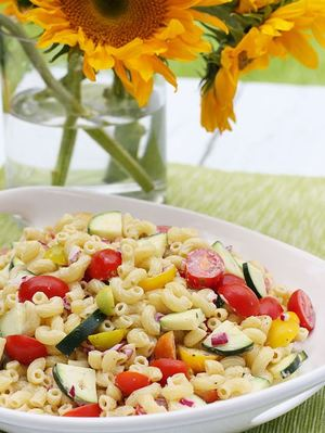 8 Healthy Recipes for Easy Macaroni Salad
