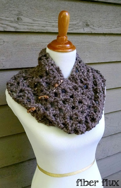 One Skein Tweedy Twig Crochet Cowl