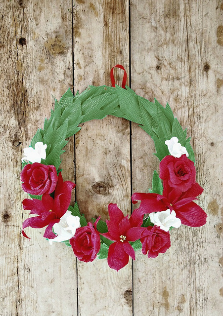 How To Make Crepe Paper Christmas Decorations : Crepe paper diy christmas wreath allfreeholidaycrafts