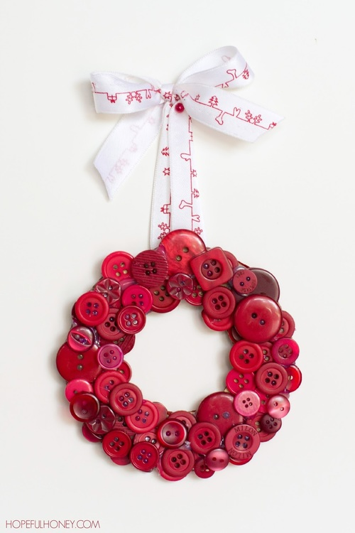 DIY Red Christmas Button Wreath