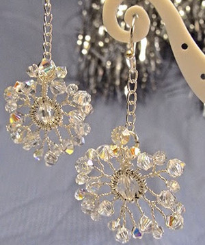 Pretty Crystal Snowflake Earrings
