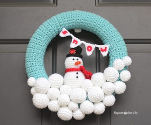 Crochet Snowball Wreath