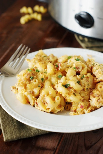 Slow Cooker Bacon Mac and Cheese