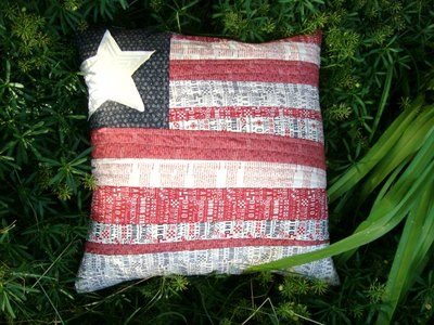 Flag Pillow Cover Tutorial