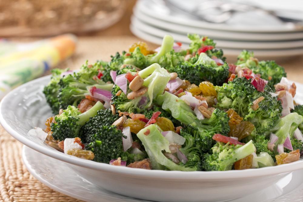 Broccoli Raisin Salad Mrfood Com