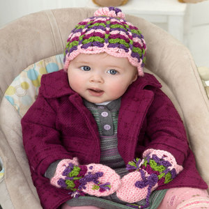Scalloped Baby Hat and Mittens