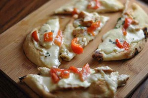 Copycat Olive Garden Grilled Chicken Flatbread