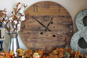 DIY Rustic & Defined Clock