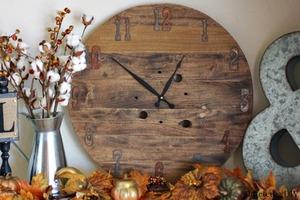 DIY Rustic & Defined Clock