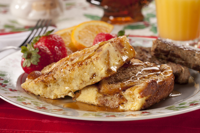Easy Christmas Morning Menu: Christmas Breakfast Ideas | MrFood.com