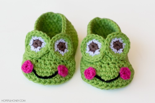 The Princess and the Frog-Inspired Crochet Baby Booties
