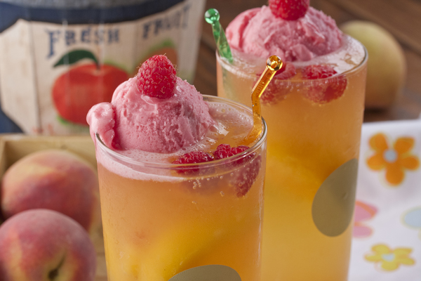 Peach Melba Cooler