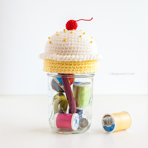 Sweet Treat Pin Cushion Topper_1
