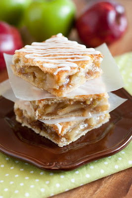 Apple Pie Bars with Vanilla Glaze