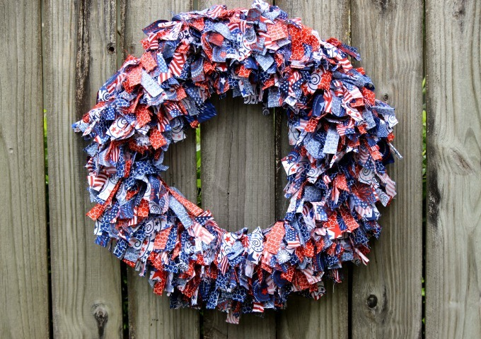Easy Patriotic Rag Wreath Favecrafts Com