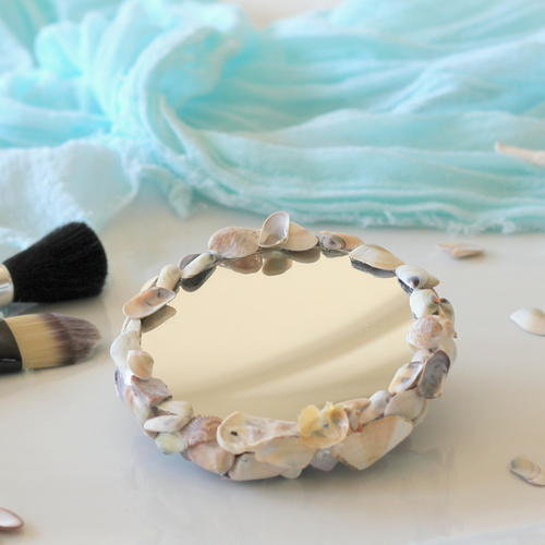 Easy Shell Make Up Mirror