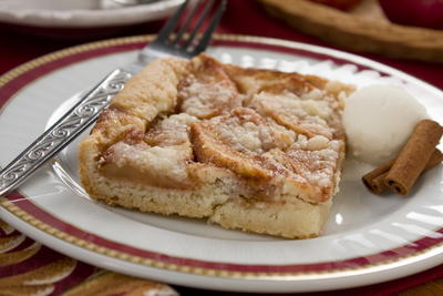 Heavenly Apple Bake