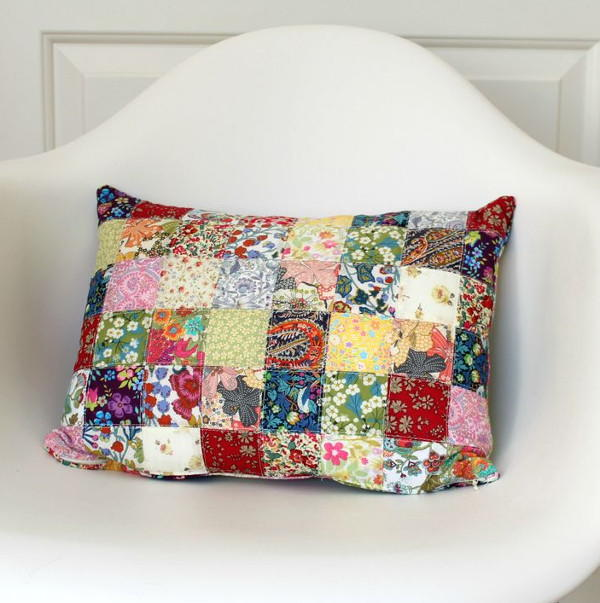 Free Throw Pillow Quilt Pattern : Colorful Quilted DIY Pillow AllFreeSewing.com