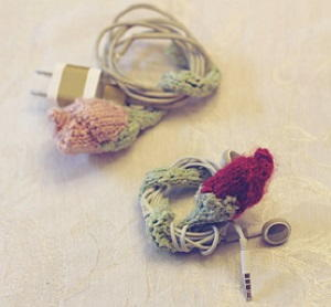 Knitted Rose Cord Holder