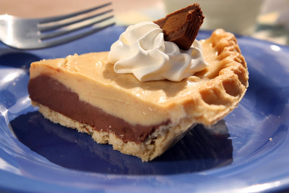 Chocolate Peanut Butter Pie Mrfood Com