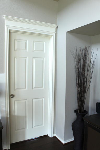 Simple Crown Door Molding Diyideacenter Com