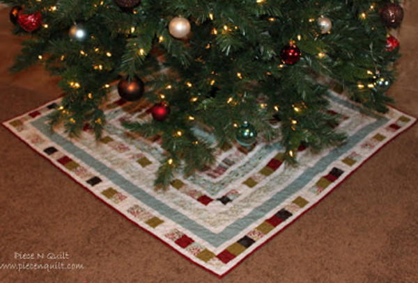 Quilted Diy Christmas Tree Skirt Allfreesewing Com