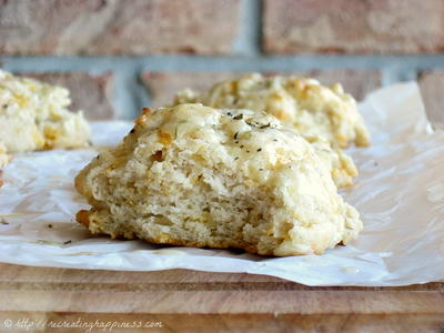 The Best Copycat Cheddar Bay Biscuits