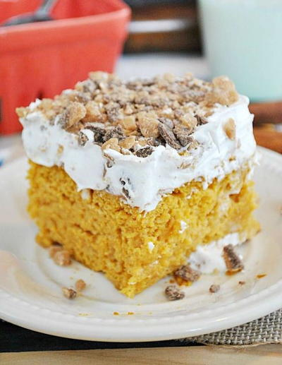 Pleasing Pumpkin Poke Cake