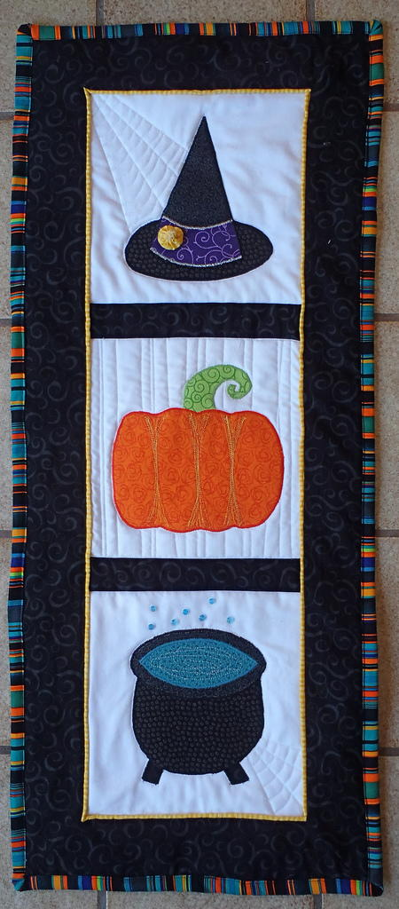 Witchy Wall Quilt