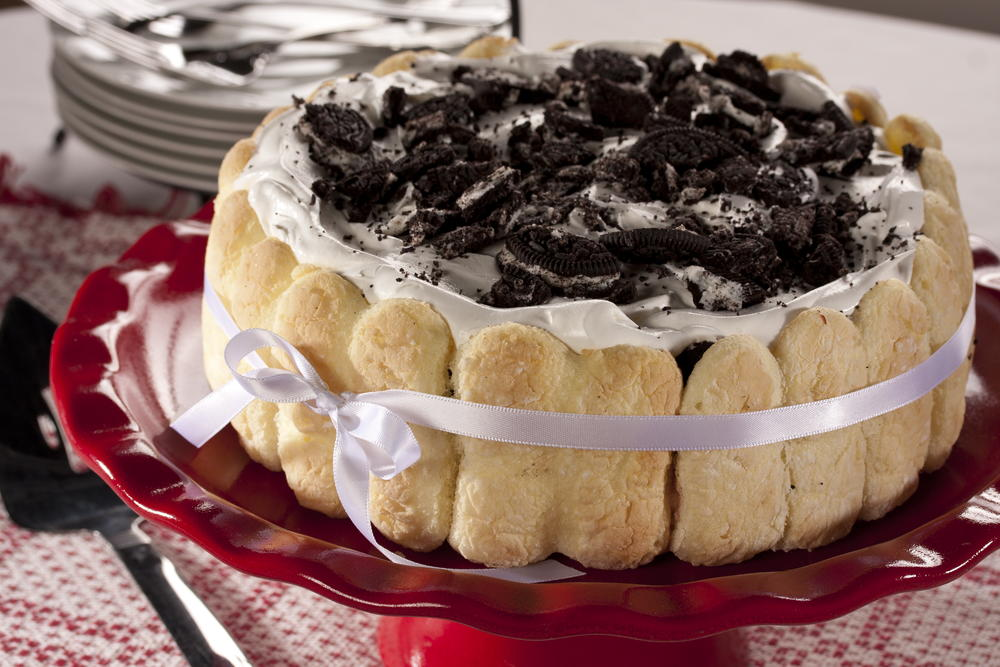 Elegant Cookie Cream Torte Mrfood Com