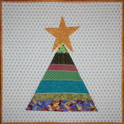 Scrappy String Christmas Tree Table Topper