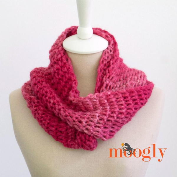 Top of the Tunisian Crochet Infinity Scarf