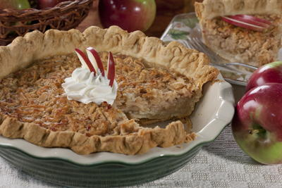 Grated Apple Pie