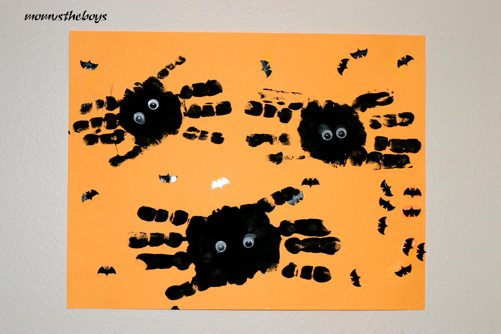 halloween crafts for toddlers handprint spiders allfreekidscrafts 4606