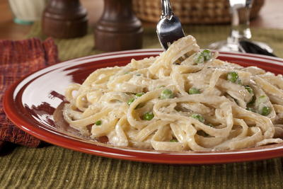 Peas and Fettuccine Alfredo