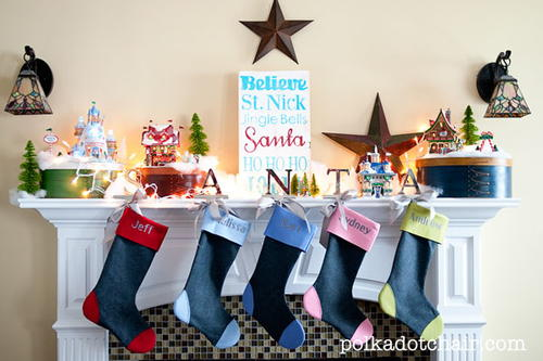 Santa Themed Christmas Mantel Decor