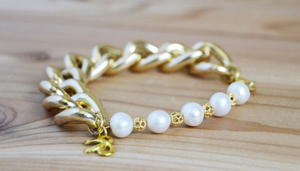 Classy and Chunky Pearl DIY Bracelet