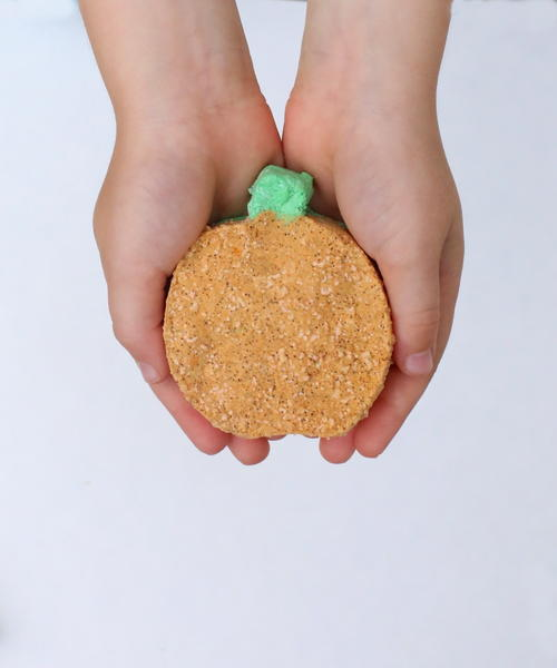 Fizzing Pumpkin Bath Bomb Recipe