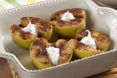 Old-Fashioned Baked Apples