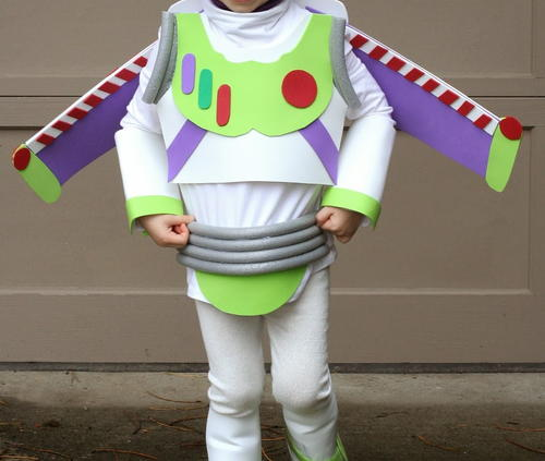 Mini Buzz Lightyear DIY Halloween Costume