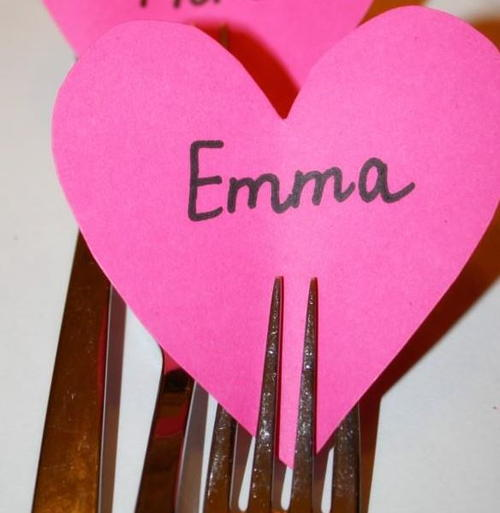 Easy Valentines Day Table Name Cards
