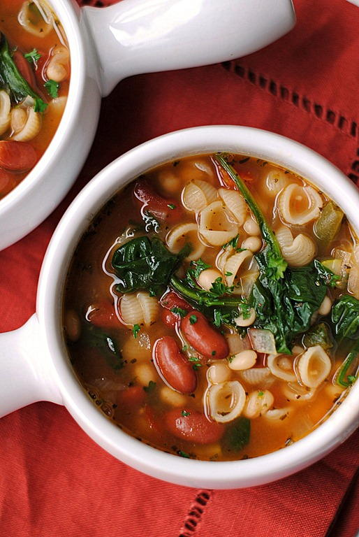 Olive Garden Has Nothing On This Minestrone Soup