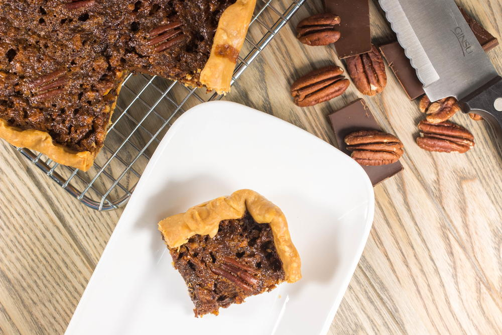 Old-Fashioned Southern Pecan Pie Bars