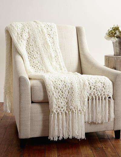 Lady Windsor Lace Crochet Blanket