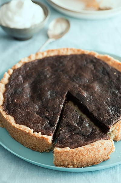 Amazing Chocolate Chess Pie