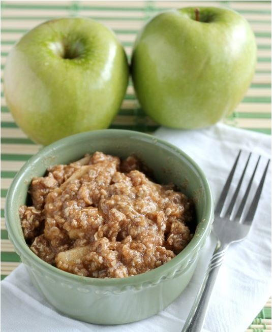 One-Minute Apple Crisp for One