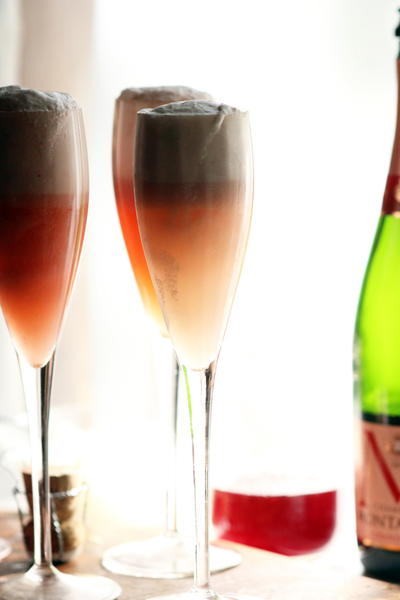 Delicious DIY Bridal Shower Bellini
